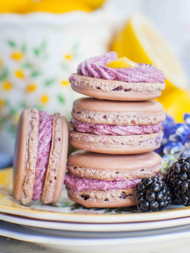 Lavender-French-Macarons-with-lemon-blackberry-filling-2-of-3